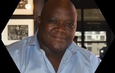 Loyiso Mfunda